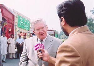 A.Carnecky v pakistanske TV.jpg