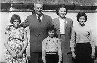 Baranek s rodinou v Kanade.jpg